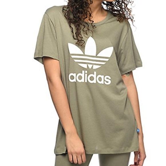 free shipping acd91 d451c Adidas Boyfriend Trefoil Tee
